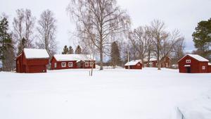 Gammelgården i Grytnäs är visserligen k-märkt, men det finns gott om plats för att bygga en till byggnad som skulle kunna inhysa Jularbomuseet.