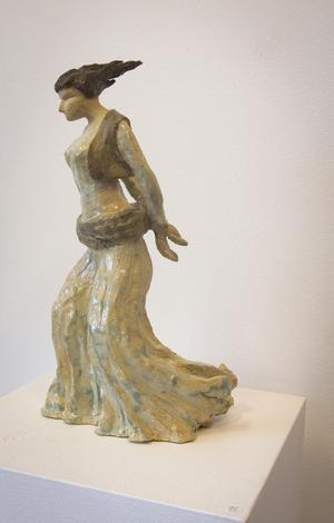 Seywan Saedians skulpturer har en härlig fart i sig. Denna figur ska upplevas live, den får liv sig när man rör sig runt den.