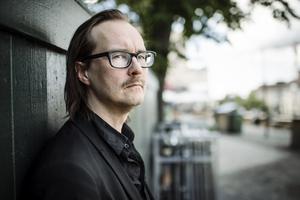 Matti Ollikainen, sångare i Franska Trion, aktuella med nya albumet