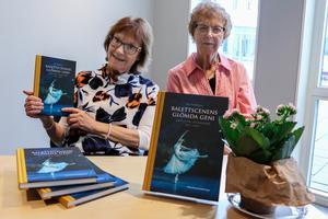 Ulla Fredriksson höll föredrag ocm Christian Johansson. Till sin hjälp hade hon sin svägerska Gullbritt Fredriksson.
