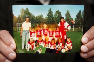 Sandvikens IF, pojkar 82 - ett riktigt kanonlag som innehöll både Kim Källström (längst ner till höger) och Daniel Mossberg, i dag världsstjärna i bandy.