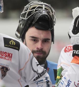 Niklas Prytz spelade i midsommarderbyt mot Broberg, men kände att det var något som inte stämde.