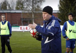 Leif Svensks Delsbo är favorittippat i hälsingefyran.