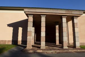 Kolumbariet har öppet för anhöriga mellan klockan 8-20 varje dag.
