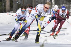 Oskar Svensson gjorde ett försök till en topplacering i världscupfinalen, men tappade något i slutet av loppet.Foto: Ulf Palm/TT