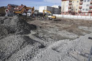 För en månad sedan inledde Ludvikaföretaget AEB markarbetena och bara startbeskedet blir underskrivet kan även byggjobben börja.
