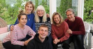 Amanda Krüger, Linda Kulle, Anne Kulle, Karin Bergquist, Dick Eriksson och Joel Schmidt (längst fram).