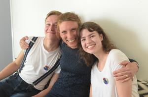Några av visionärerna ser ut till att trivas. Från vänster, Nicklaes Malmsten, Sofia Elmgren, Klara Aune.