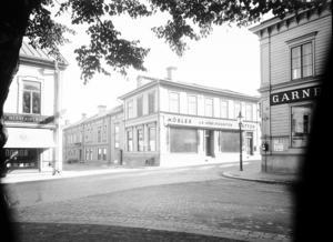 1936 låg Möbelproduktion vid Slottstorget på Södra Kungsgatan 3. Foto: Ateljé Carl Larsson/Länsmuseet
