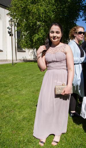 Aydan Eminbeili hade flera släktingar som tog kort på henne.