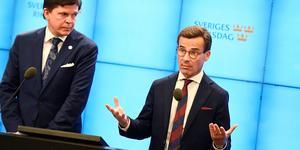 Talman Andreas Norlén och M-ledaren Ulf Kristersson som hoppas få bilda regering. Foto: Pontus Lundahl/TT