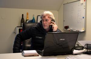 Per Andersson vill varna andra företagare.