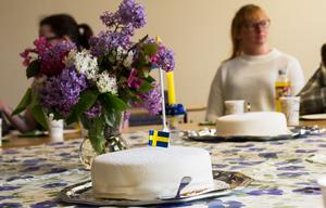Dagen till ära bjöds det på tårta, kaffe och te.