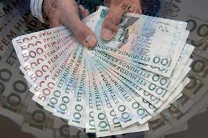 Hur mycket får du tillbaka på skatten? Eller tvingas du betala tillbaka? Få besked på Skatteverkets hemsida.