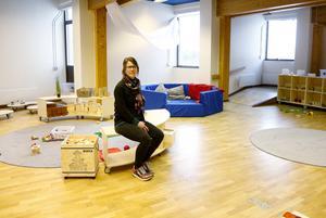 Två stora lekrum är färdigställda och ytterligare ett väntar på möblering. När expansionen är färdig har förskolan plats för mellan 40 och 50 barn, berättar Caroline Klintenberg, rektor för regnbågens förskola.