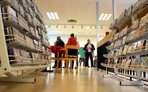 Böcker från biblioteket på Skogsvägen i Timrå ska kunna levereras till Ljustorp.