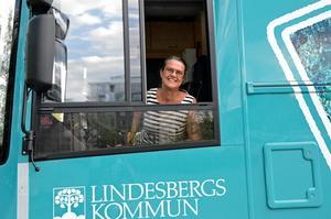 – Det här är  utan tvekan den mest fantastiska biblioteksbuss vi haft, säger Mimmi  Trång.