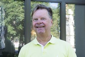 Jag har spelat lunchmusik under 30 års tid. Därför känns det lämpligt att börja så även i Ovanåkers kyrka, säger Staffan Krafft.