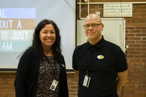 Under kursens andra träff gick förstelärarna Malin Blackmore och Tommy Pettersson igenom läroplaner och planeringar.