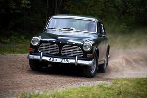 Fredrik Carman gjorde skäl för sitt efternamn i sin Volvo Amazon från Valbo. Foto:Christian Larsen