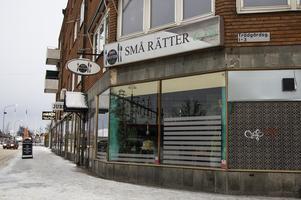 Små rätter har dragits med ekonomiska problem det senaste året. Restaurangen har inte varit öppen sedan i somras.