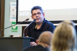 Peter Olsson (C) är vice ordförande i Hälsinglands utbildningsförbund.