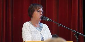Tidigare topp-politikern i Härjedalen, Gunilla Zetterström Bäcke, lämnar Socialdemokraterna men behåller sin politiska uppdrag.
