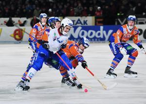 Edsbyn–Bollnäs har mötts varje annandag på 2000-talet (förutom den som snöade bort). Här en bild från 2008. FOTO: Katarina Hansson