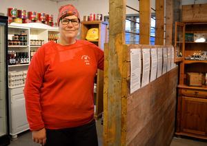 Boxarna fick vara kvar när Anki Arvidsson gjorde om stallet till gårdsbutik.
