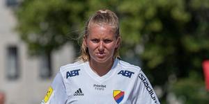 Rimbos Emilia Törnqvist blev damlagets bästa målskytt. Foto: