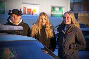 17-åriga Isaac Palm Hermansson och 18-åriga Magdalena Boman. tillsammans med 22-åriga Sofia Wolfenstein . Alla hoppas att