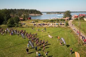 Startskottet gick under lördagen, där både publik och deltagare hade samlats. Foto: Gunnar Eld