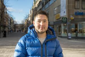Hamid Morad, 20 år, kassabiträde, Skönsberg