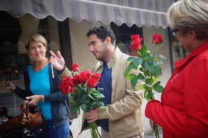 Väljarna hänvisas till Socialdemokraternas valstuga för information och samtal.