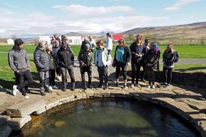 I den här varmvattenpoolen brukade Snorre Sturlasson, Island mest kända författare från Medeltiden, ta emot sina gäster och diskutera politik.