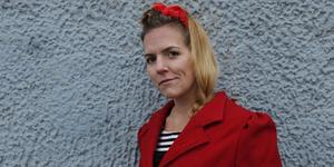 Hallstaviksbon Malin Berglund släpper ett eget album.