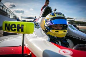 2009 vann Marcus Ericsson två race på sex försök för Double R. Nu är tolv år yngre brodenr Hampus klar för det brittiska toppteamet. Arkivfoto: Oliver Dutton