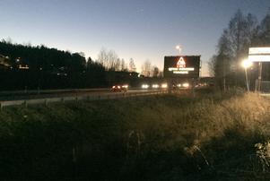 Trafikverket har sänkt hastigheten på E4 mellan 07.00 och 08.30 för att öka trafiksäkerheten.