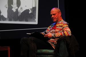 Stefan Söderblom lärde publiken om historien bakom stalledrängen.