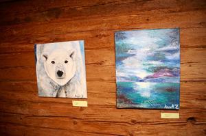 Det mesta av konsten skapar Anna under vintern när hon, maken och hunden, bor i Spanien.