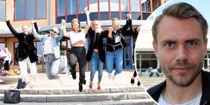 Lucas Sjöberg är en av 95 sjuksköterskor som utexaminerats från Örebro universitet i vår. Han ser fram mot ett yrkesliv präglat av teamkänsla, mindre hierarkier och bättre löneutveckling över tid.