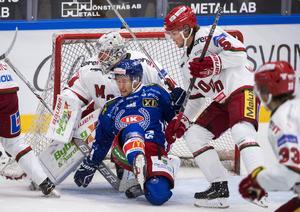 Marcus Oskarsson tror att hans förra lagkamrat i Modo och nu nyförvärv i SSK, Sebastian Walfridsson (nr 5), kommer bli en värdefull spelare för laget. Foto: Bildbyrån