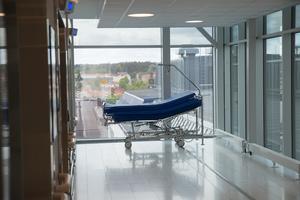 Skribenten är kritisk mot Södertälje sjukhus.