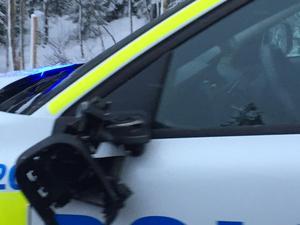 Under en trafikolycka på E4 vid Bölesjön 4 januari körde en långtradare in i en polisibil. Det resulterade i en trasig backspegel.