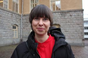 Som ombudsman har hon stått bredvid  politiker vid intervjuer. Nu blir Liza Lundberg själv politiker med ett tungt uppdrag, ordförande för barn- och utbildningsnämnden i  Falun.