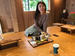 So jung Youn är ansvarig på plats i Sydkorea, hon är hjärnan bakom design och uppbyggnad av caféet. So jung Youn är en sann mångkonstnär. Förutom att vara en del av Björklunds Kafferosteri är hon också författare, kläddesigner och lärare. Foto: Johan Björklund.