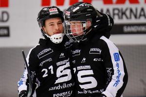Christoffer Edlund och Albin Thomsen. Båda har lämnat SAIK. Bild: Mats Åstrand/TT