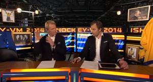 Niklas Wikegård och Sanny Lindström blev rejält oense om huvudtacklingen var okej eller inte.