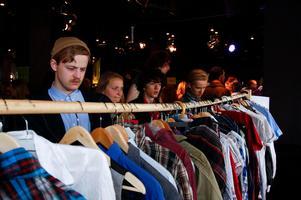 På flera orter i länet kan man byta kläder på Naturskyddsföreningens klädbytardag. Foto: Emma Schütt, Naturskyddsföreningen