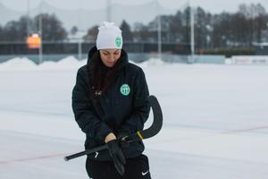 De senaste åren tas laget mer på allvar, upplever Malin Hedfors. Inte minst internt i klubben.